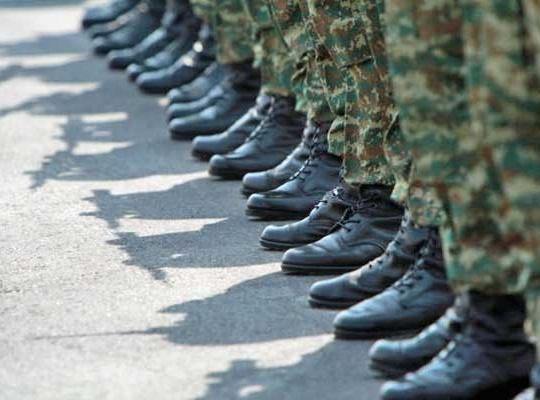 Ελληνικος στρατος, εξωτερικη η εσωτερικη η απειλη